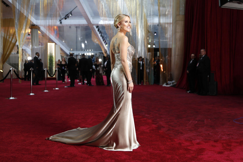 Scarlett Johansson among the bombshells