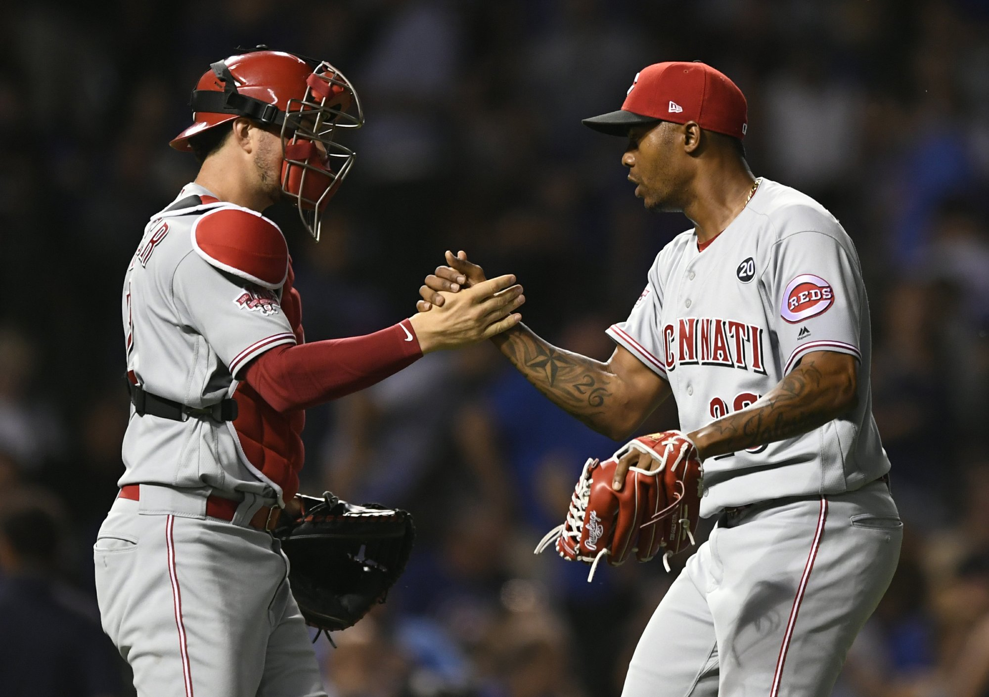 Suárez, Puig homer, Reds jump on Cubs errors to win 6-3