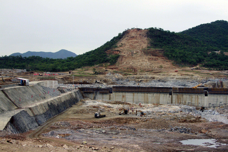 Egypt, Sudan, Ethiopia return to talks over disputed dam