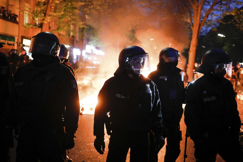 Berlin May Day riots leave 50 police injured, 250 detained