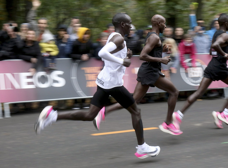 Nike's Vaporfly shoe changing marathon game