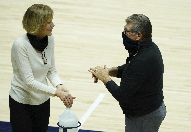 UConn's Auriemma: Schools need NCAA Tournament this season