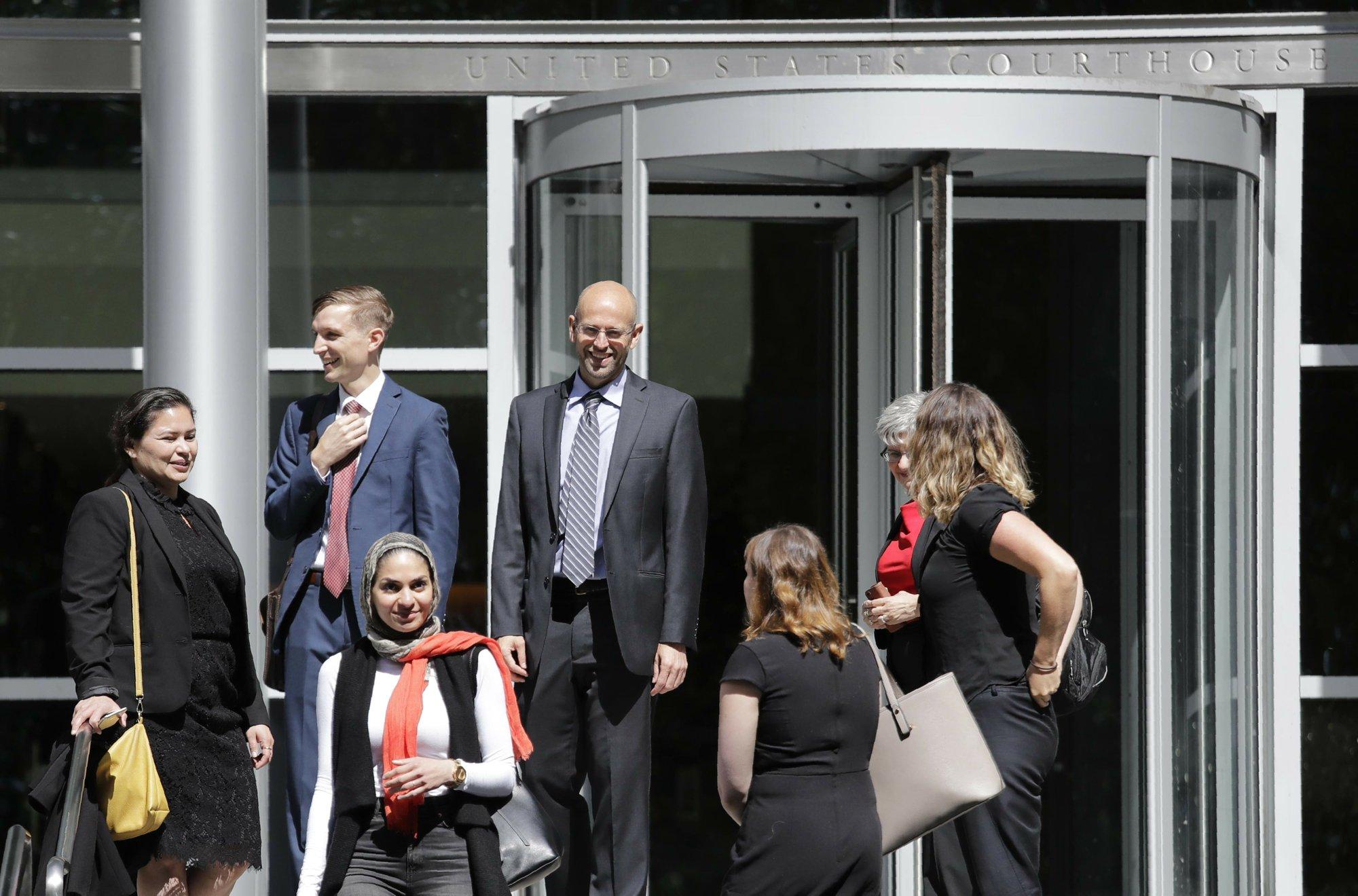Judge blocks Trump policy keeping asylum-seekers locked up