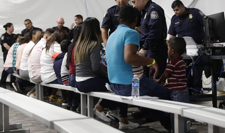 Expande alcance de programa para devolver migrantes a México