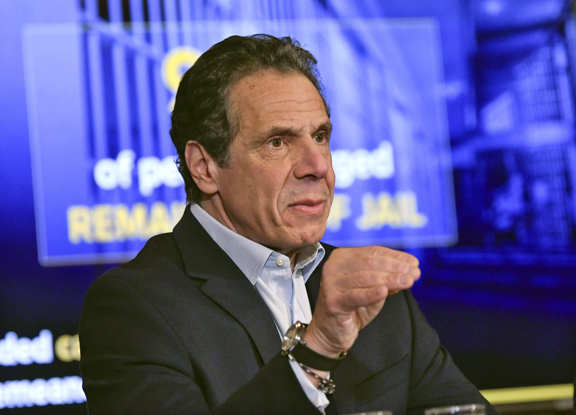 New York reduces penalties for marijuana possession