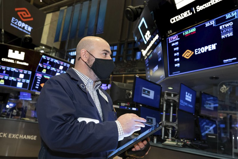 Wall Street: Stocks push to more gains and record highs
