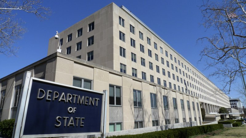 US orders non-essential diplomats to leave Chad due to potential insurgent attacks on the capital