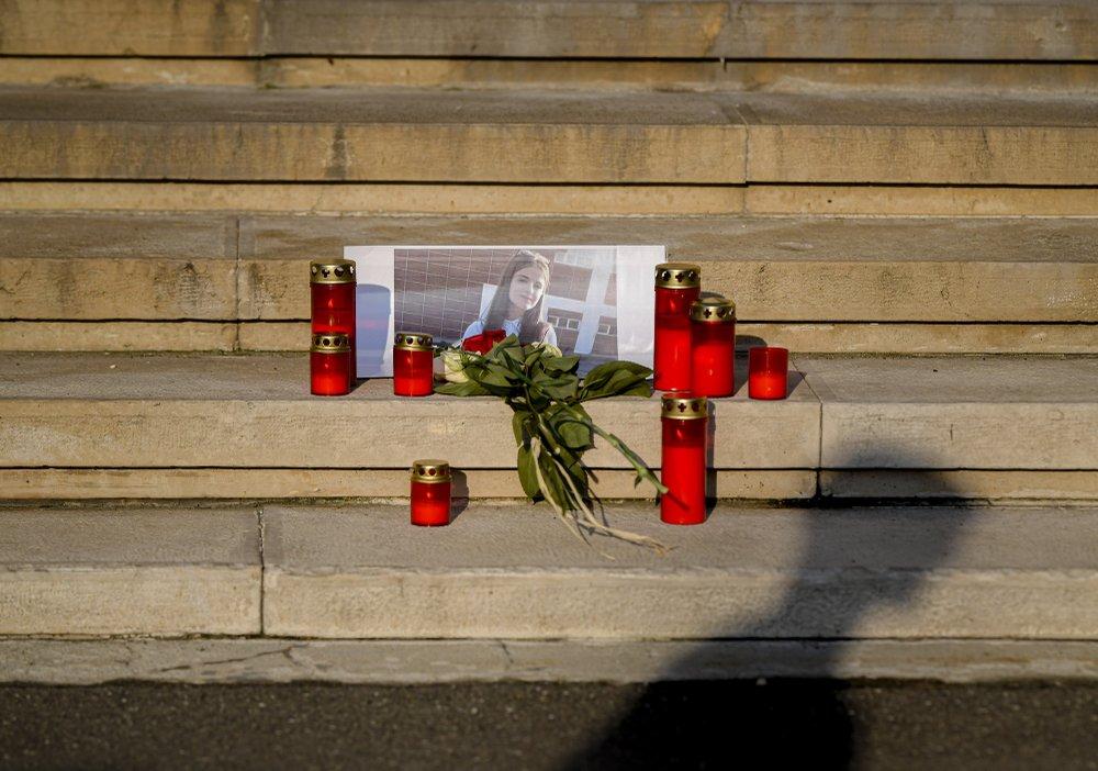 Главу полиции Румынии уволили из-за провального расследования похищения 15-летней девушки