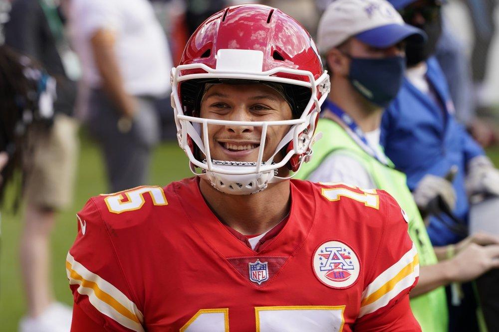 Kansas City Chiefs humming along nicely at 8-1 at midway point of 2020 NFL season
