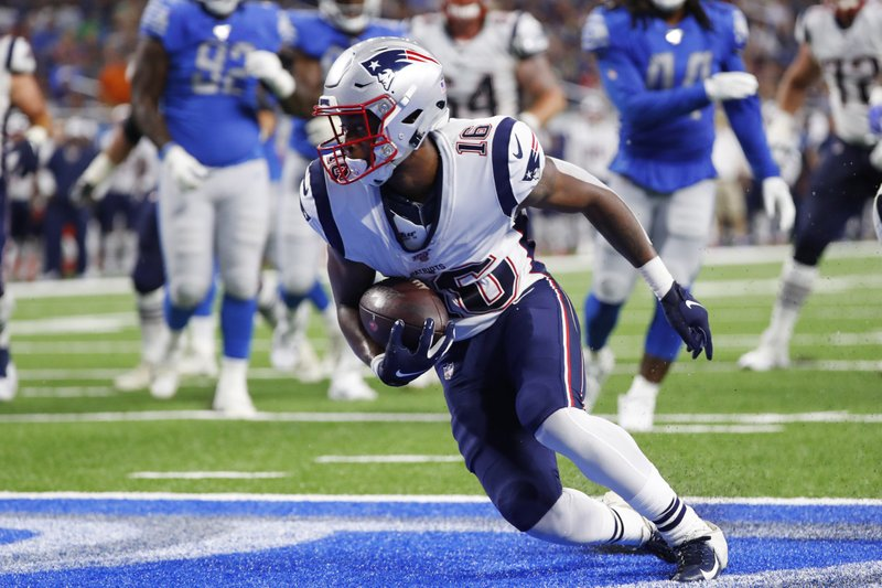 68afaa64 Patriots rout Lions 31-3 thanks to backups
