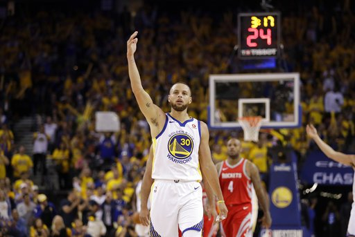64918e8f5462 Warriors have NBA record for longest home playoff win streak