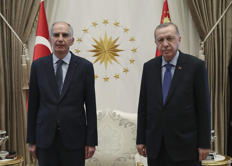 Turkish president dares U.S. to impose economic sanctions
