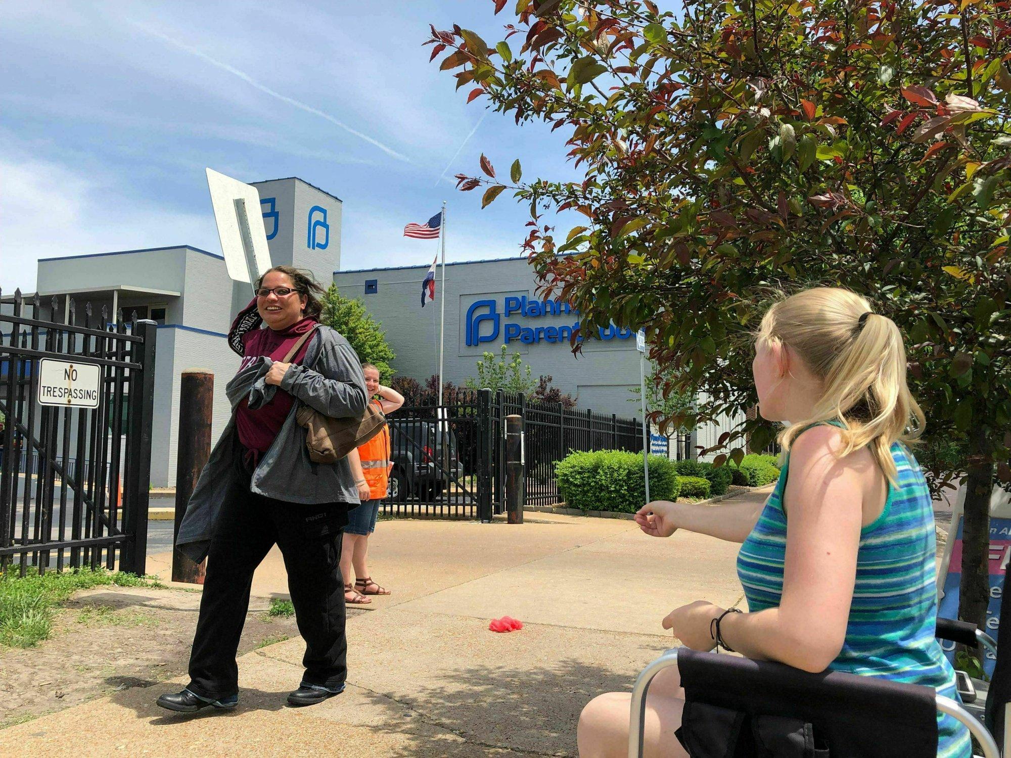 Planned Parenthood: Missouri's last abortion clinic may shut