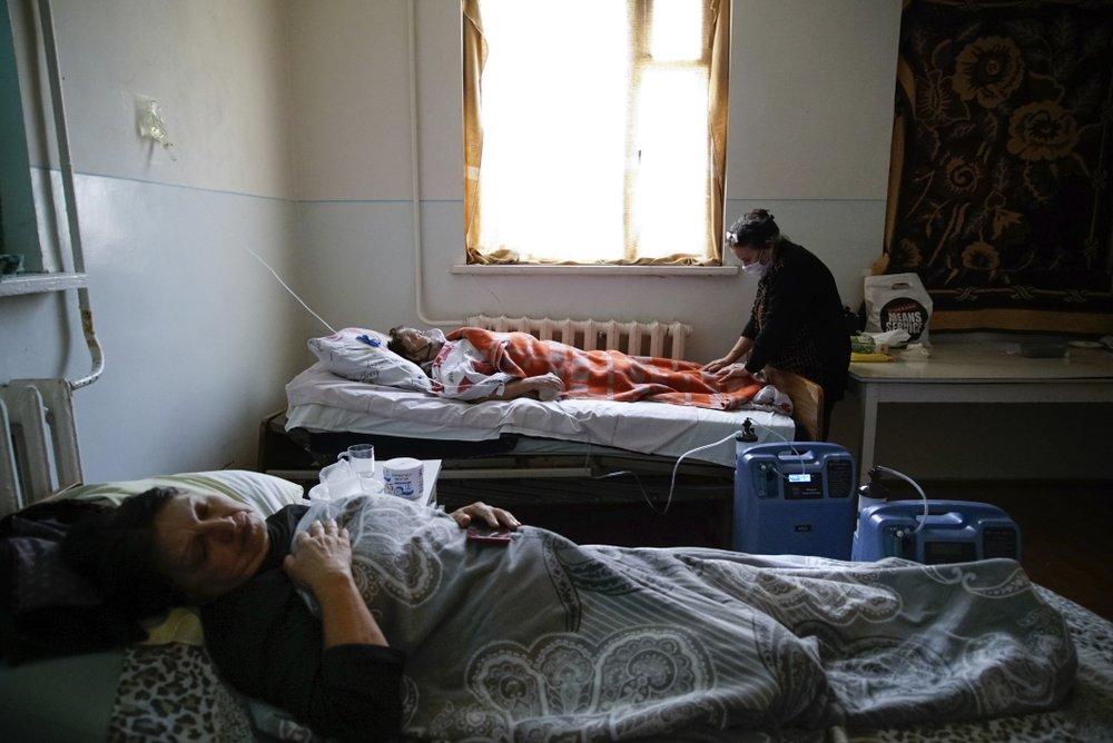 Amid heavy fighting, Coronavirus spreads in Nagorno-Karabakh