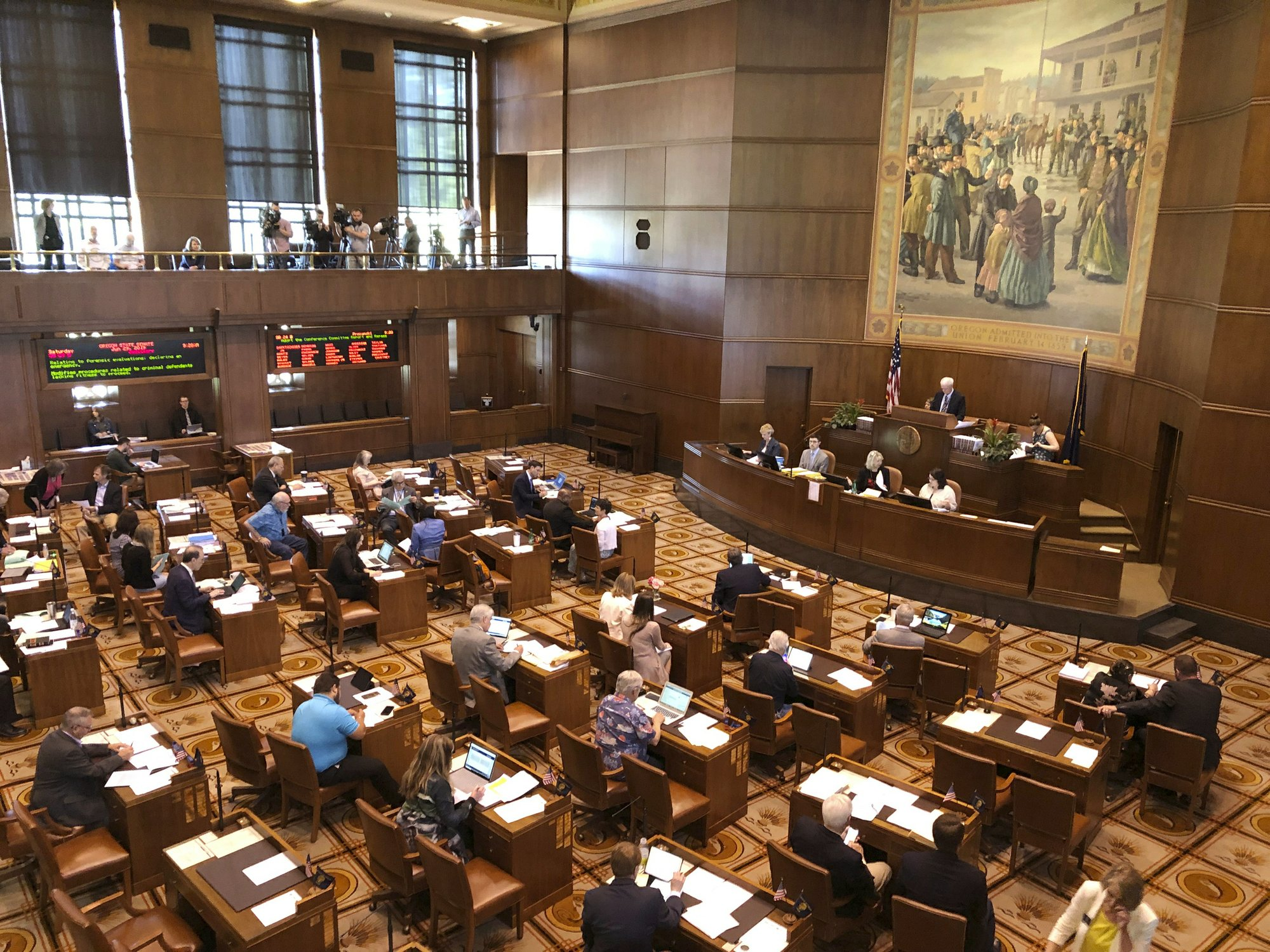 Oregon Democrats aim to change quorum after GOP walkouts