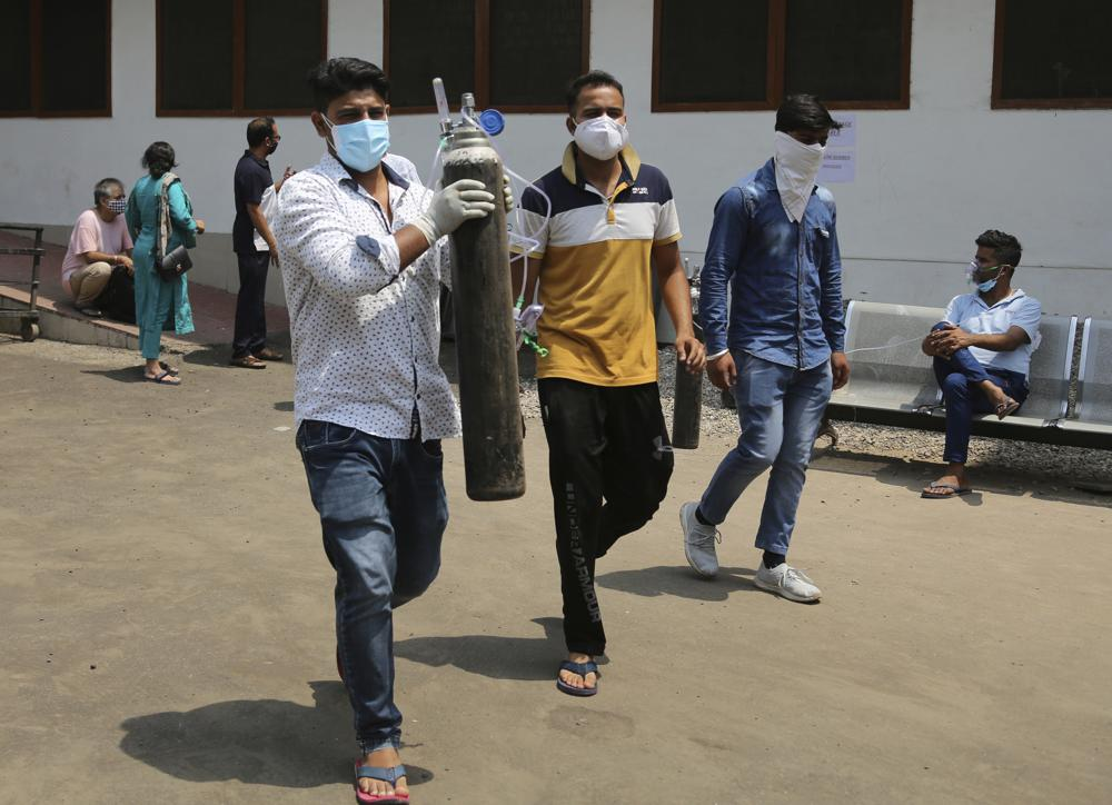 Indian Prime Minister Narendra Modi is Forced to Impose Stricter Lockdown Amid Raging Coronavirus Cases