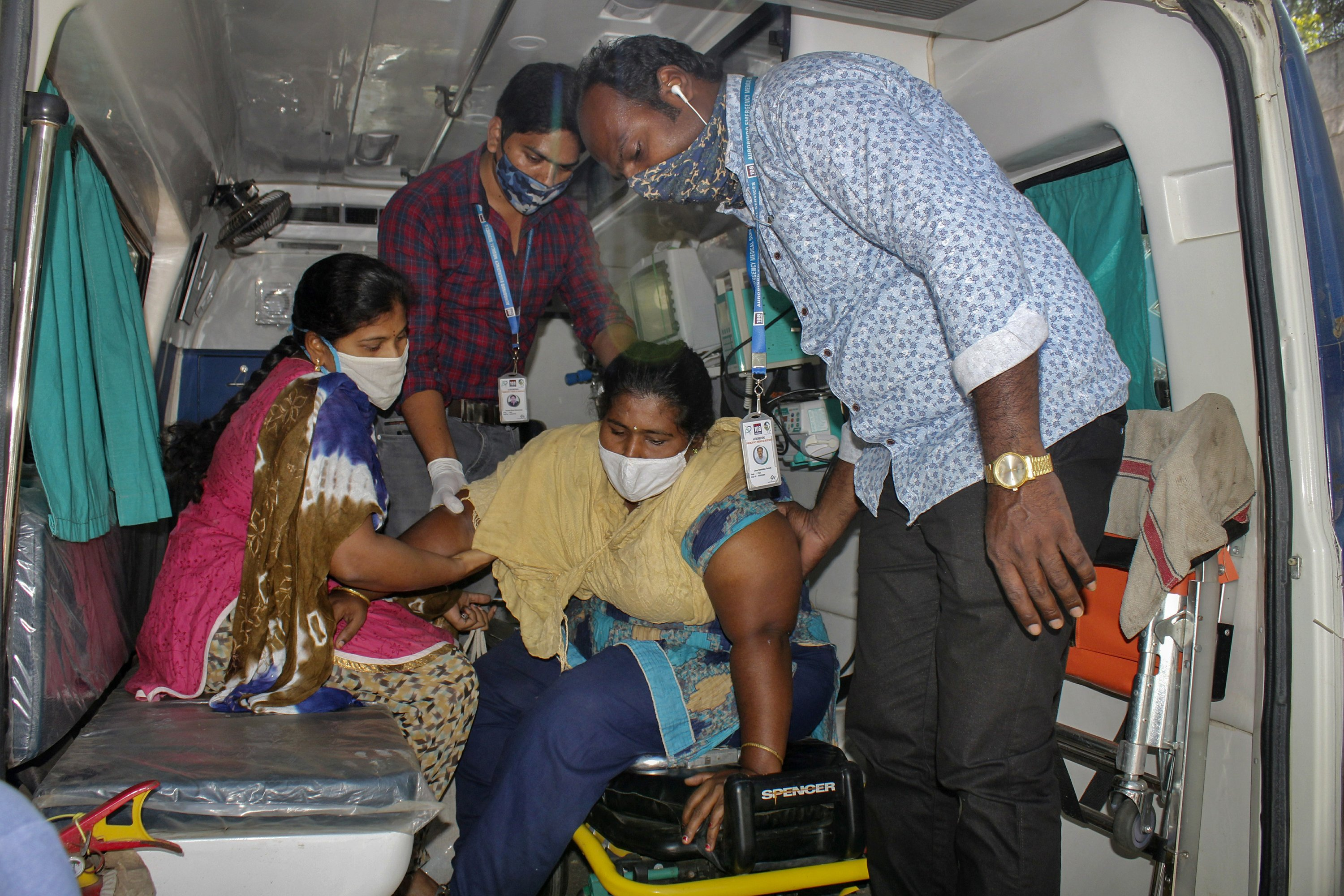 'Nobody knows': Experts baffled by mystery illness in India