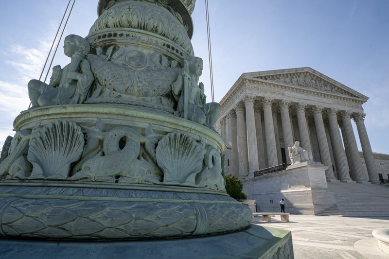 Supreme Court starts new session in tense election year