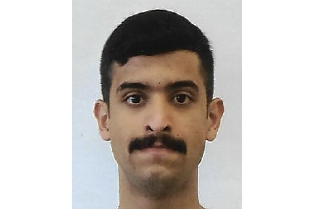 Mohammed Saeed Alshamrani, shooter at Pensacola base, repeatedly communicated with al-Qaida operatives about plans leading up to attack