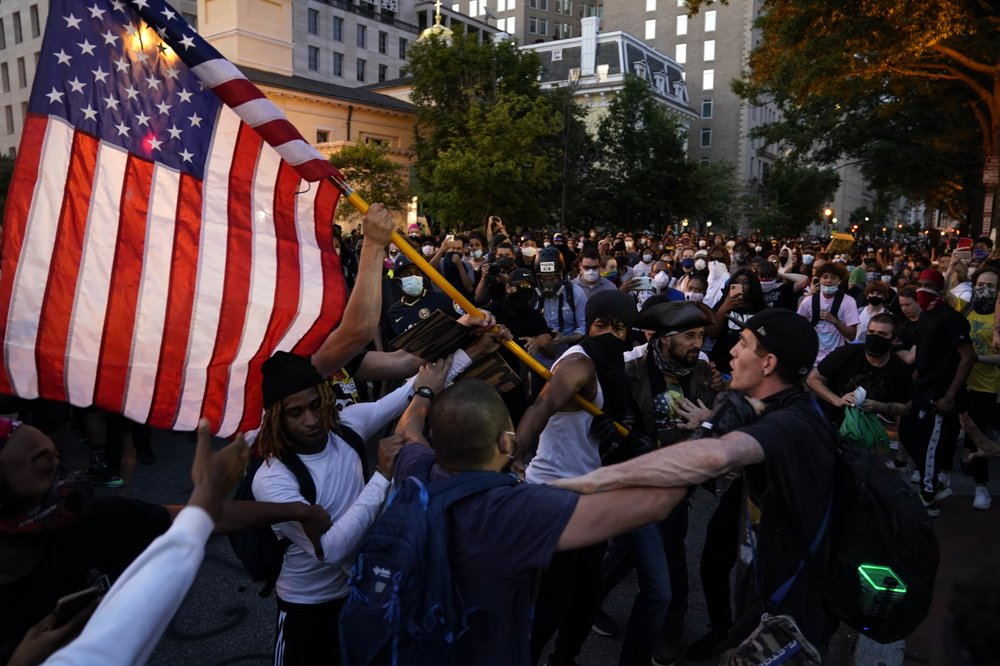 Protesters unleash before White House