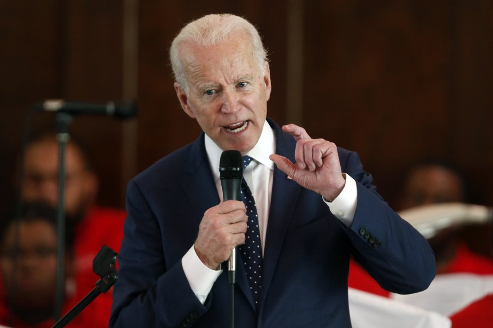Selma welcomes Joe Biden with open arms as he and other democratic presidential hopefuls appeal for black support in a town where demonstrators were once beaten for marching for the right to vote