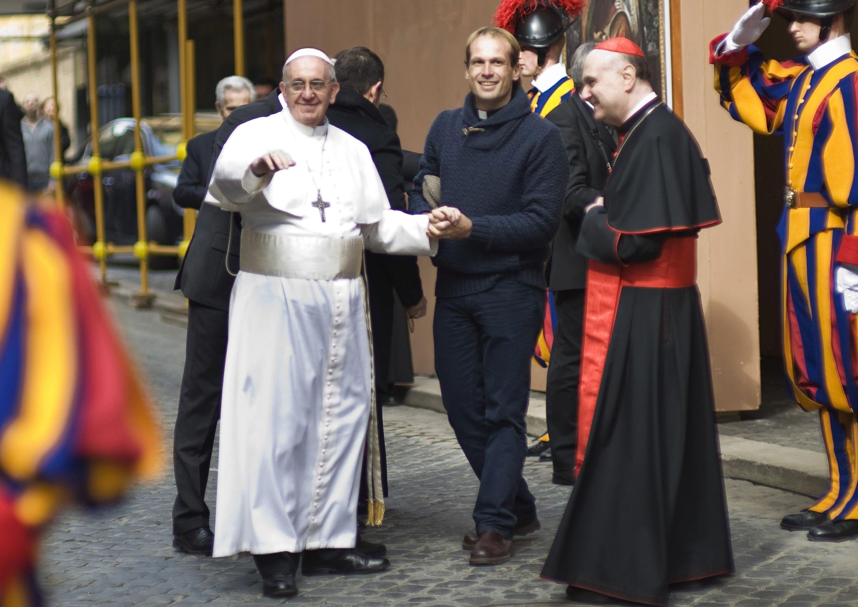 Un sacerdote uruguayo es el nuevo secretario personal del Papa