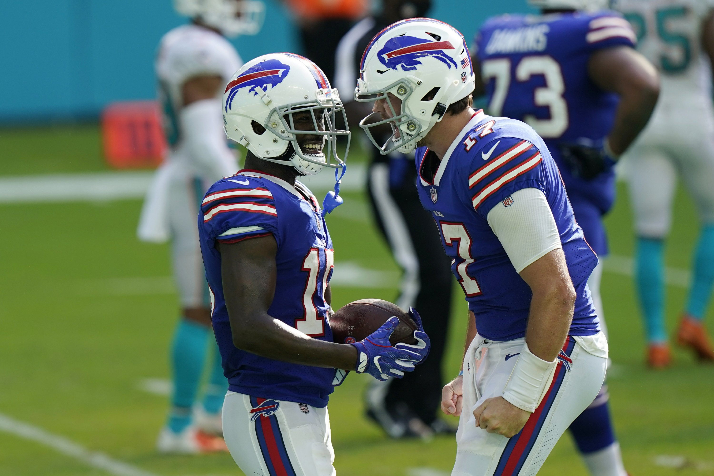 Matchup of unbeatens in Buffalo, of all places