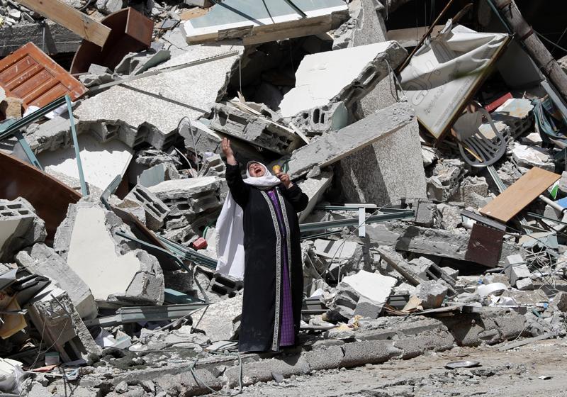 "Netanyahu Says Israel's Attacks on Hamas Will Continue at ""Full-Force"""