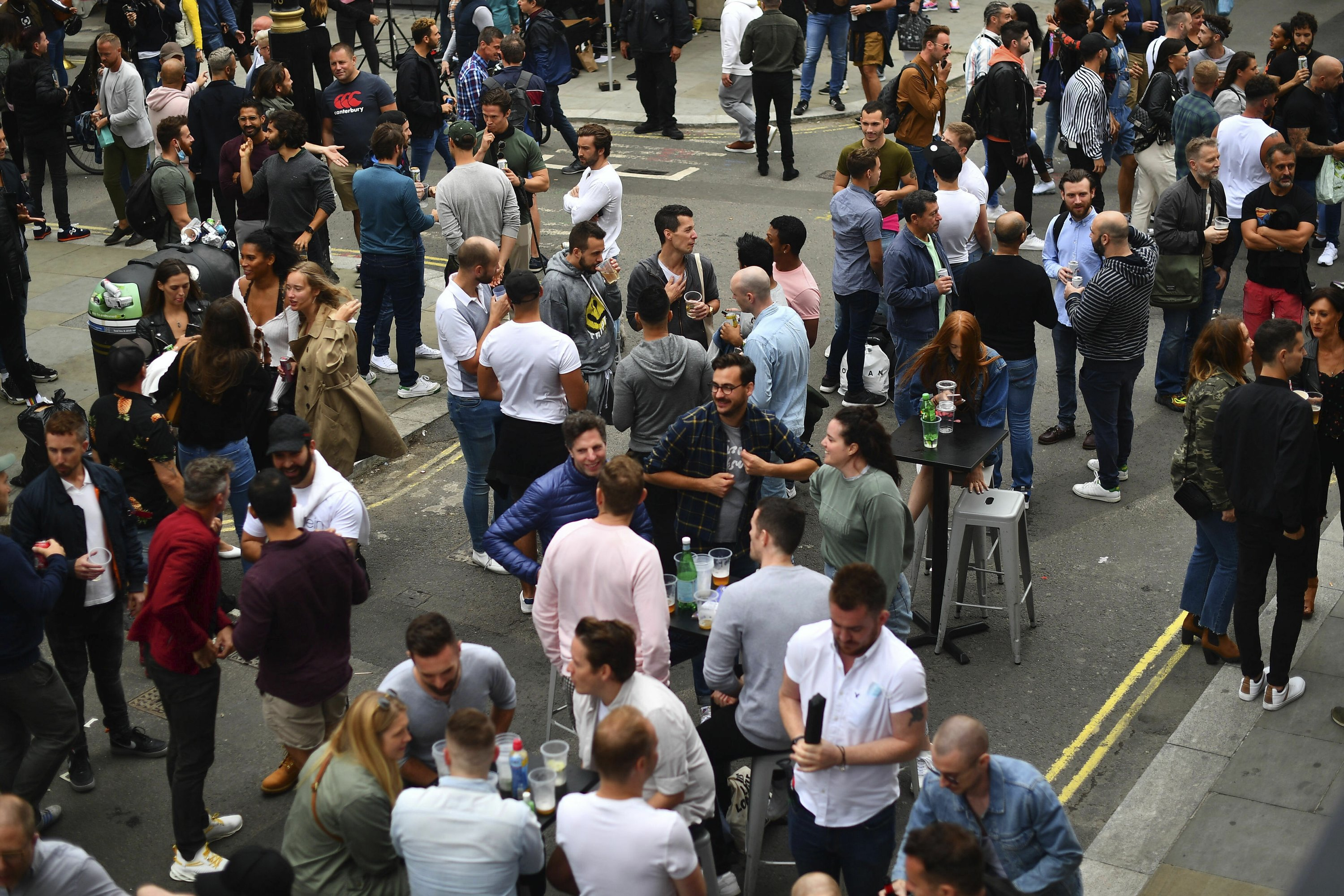 Naked men and drunks: England assesses the reopening of pubs
