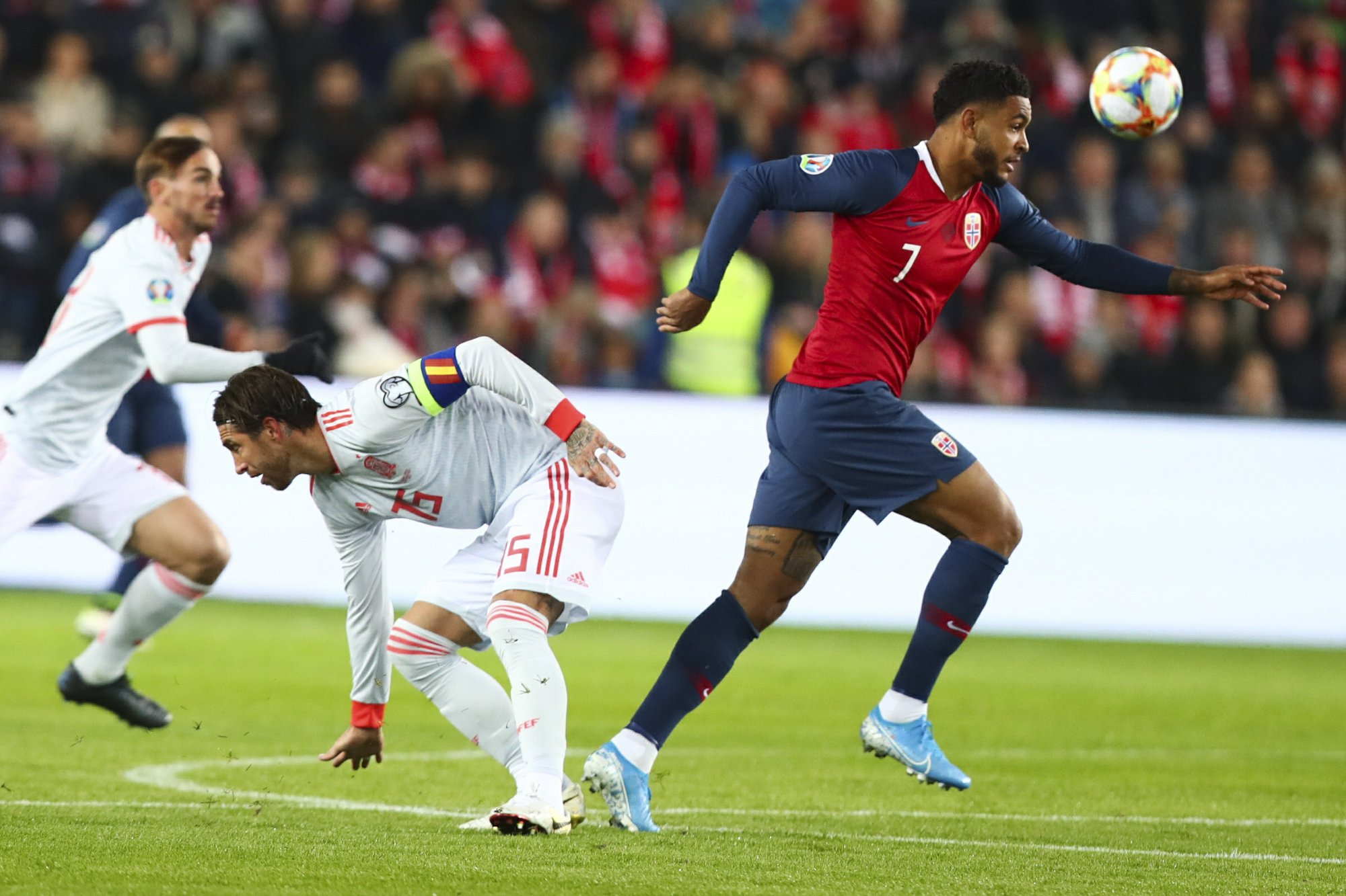 Spain looking for a partner for Ramos in defense