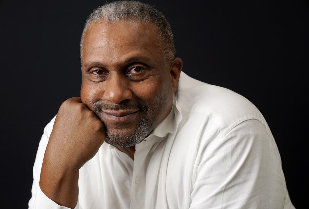 WATCH – No apology: Tavis Smiley makes comeback bid 3 years after PBS firing over workplace misconduct allegations