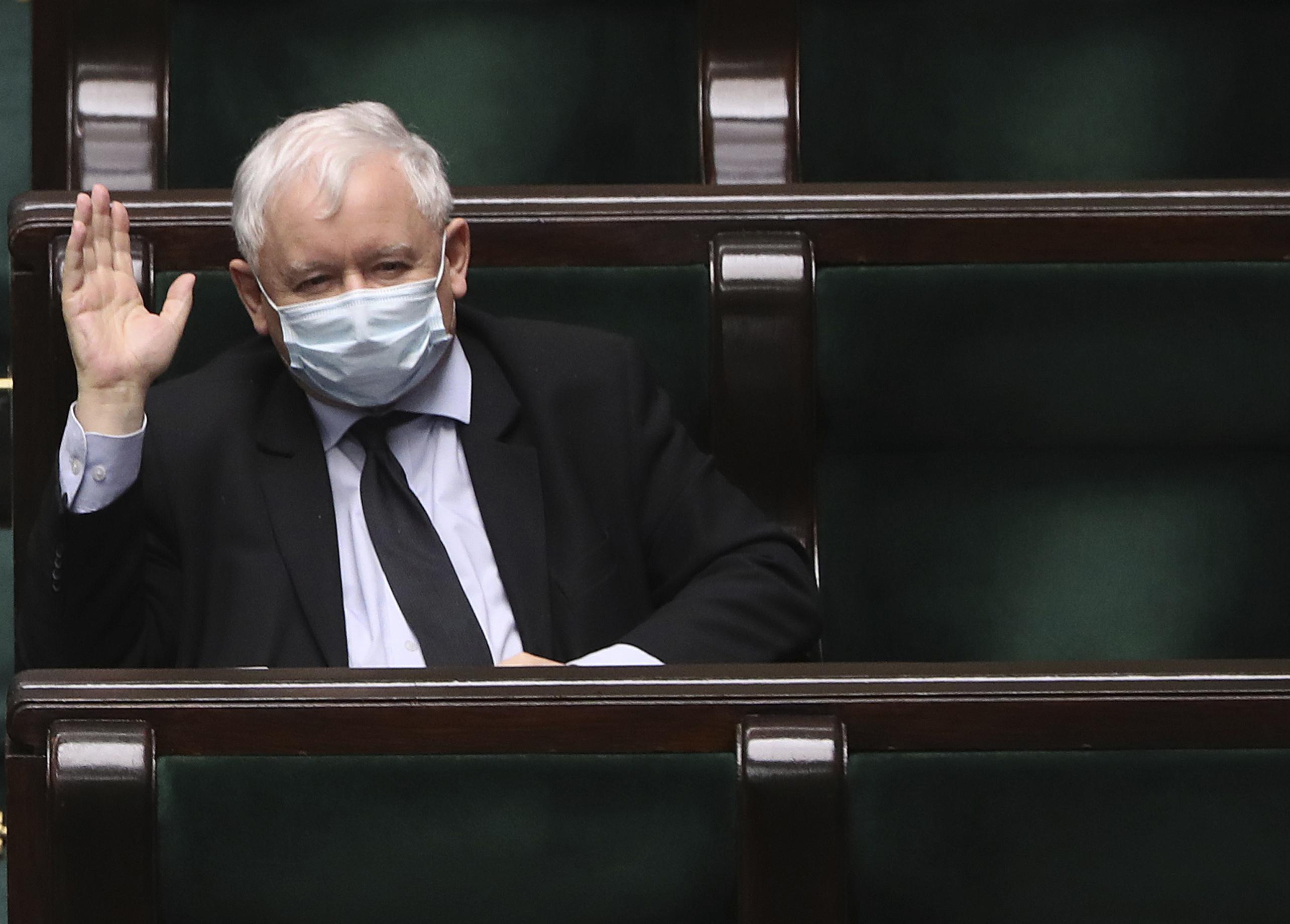 Polish ruling right-wing coalition loses parliament majority