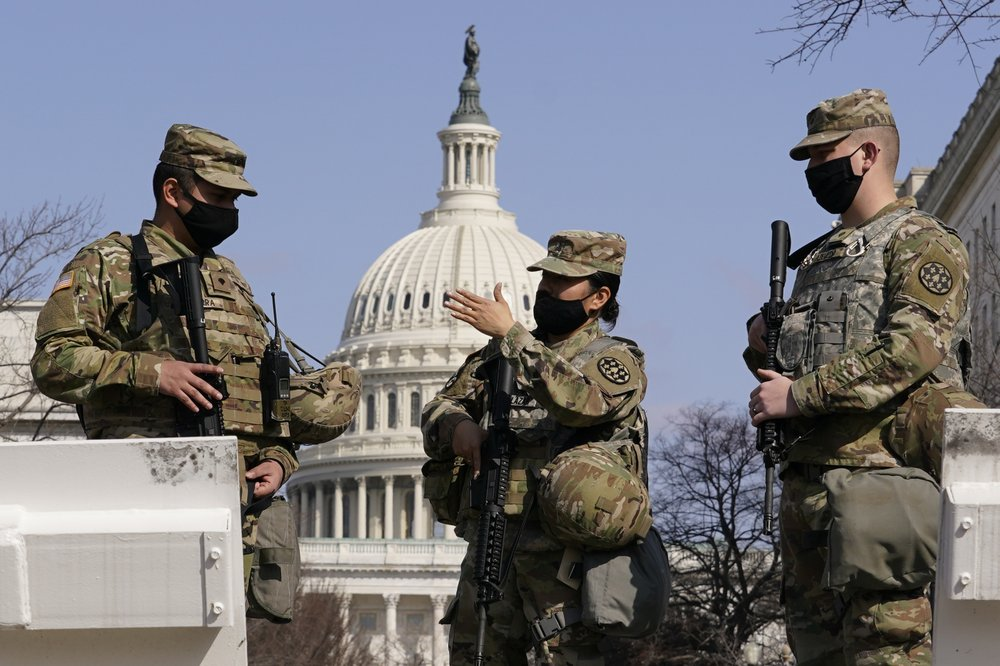 Pentagon to keep National Guard patrolling U.S. Capitol