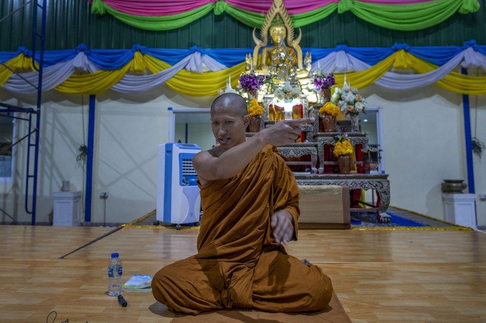 Buddhist monk recalls Thai soldier's rampage at temple