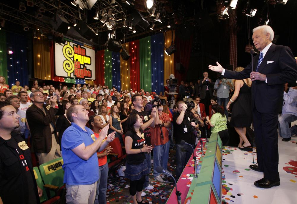"""Game show host Bob Barker, 83, receives a standing ovation as he tapes his final episode of """"The Price Is Right"""" in Los Angeles on June 6, 2007.  The longest-running game show in television history is celebrating it's 50th season. (AP Photo/Damian Dovarganes, File)"""