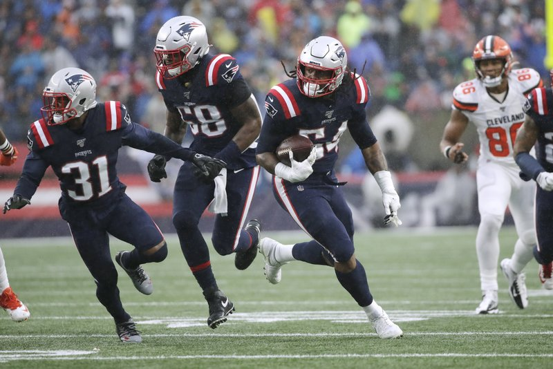 ICYMI in NFL Week 8: Pats D finds end zone again