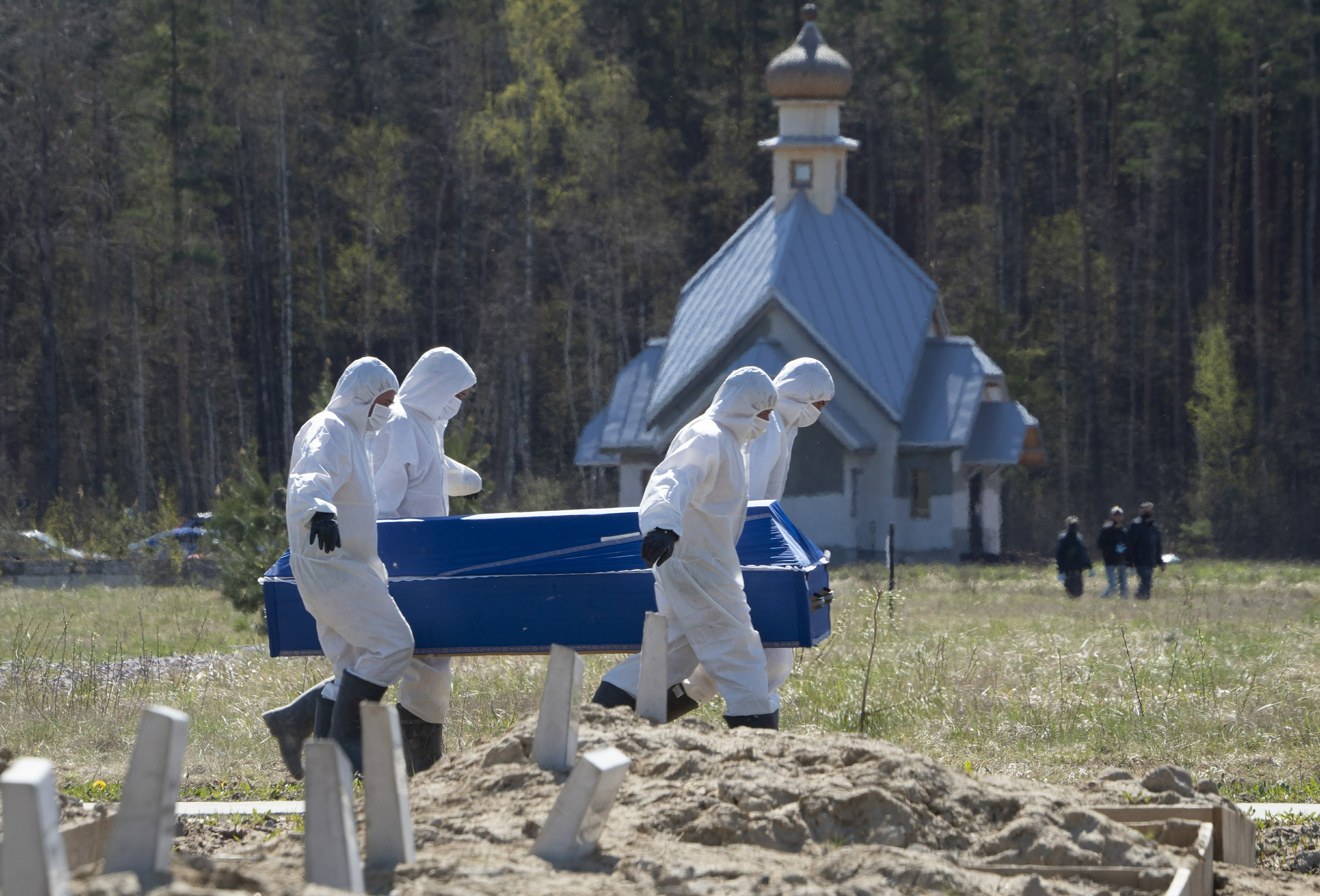 After criticism, Russia expands stats on virus-linked deaths