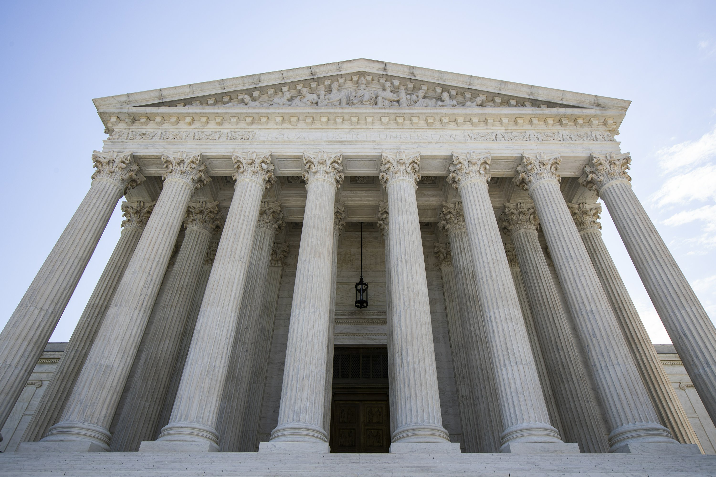 White House lawyer in running for seat on the Supreme Court