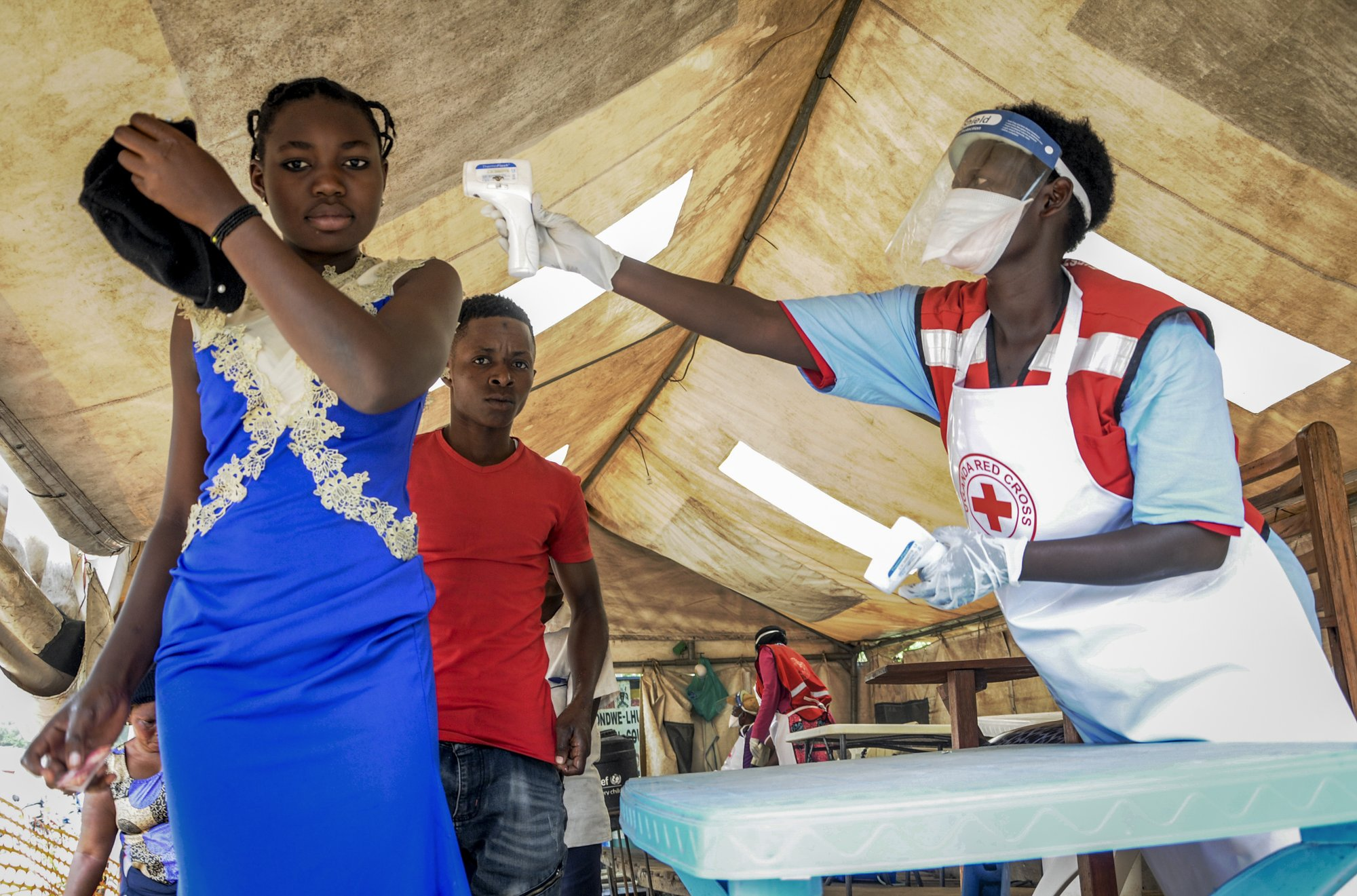 Porous border could hinder efforts to stem spread of Ebola