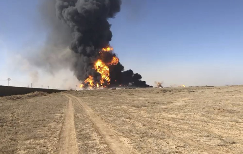 Massive fire from fuel tanker explosion at Afghan-Iran border