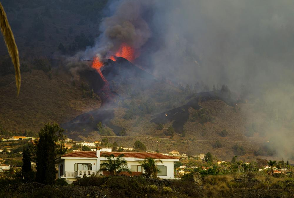 Volcano Erupts on Spain's Island of La Palma, Prompting Evacuations