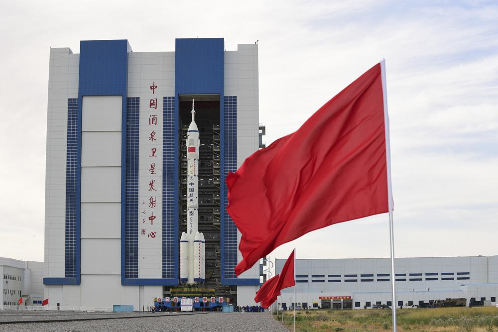 China Ready to Send First Crew to Space Station