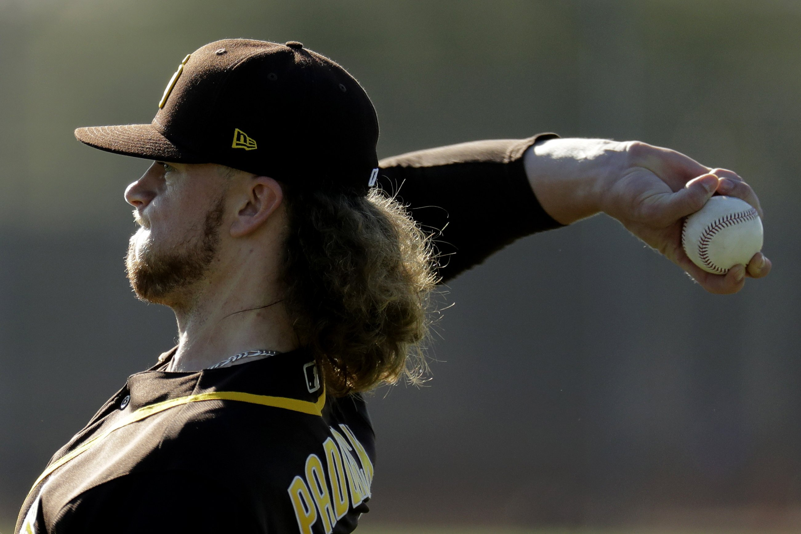 Padres pitcher Paddack looks forward to showing off lion