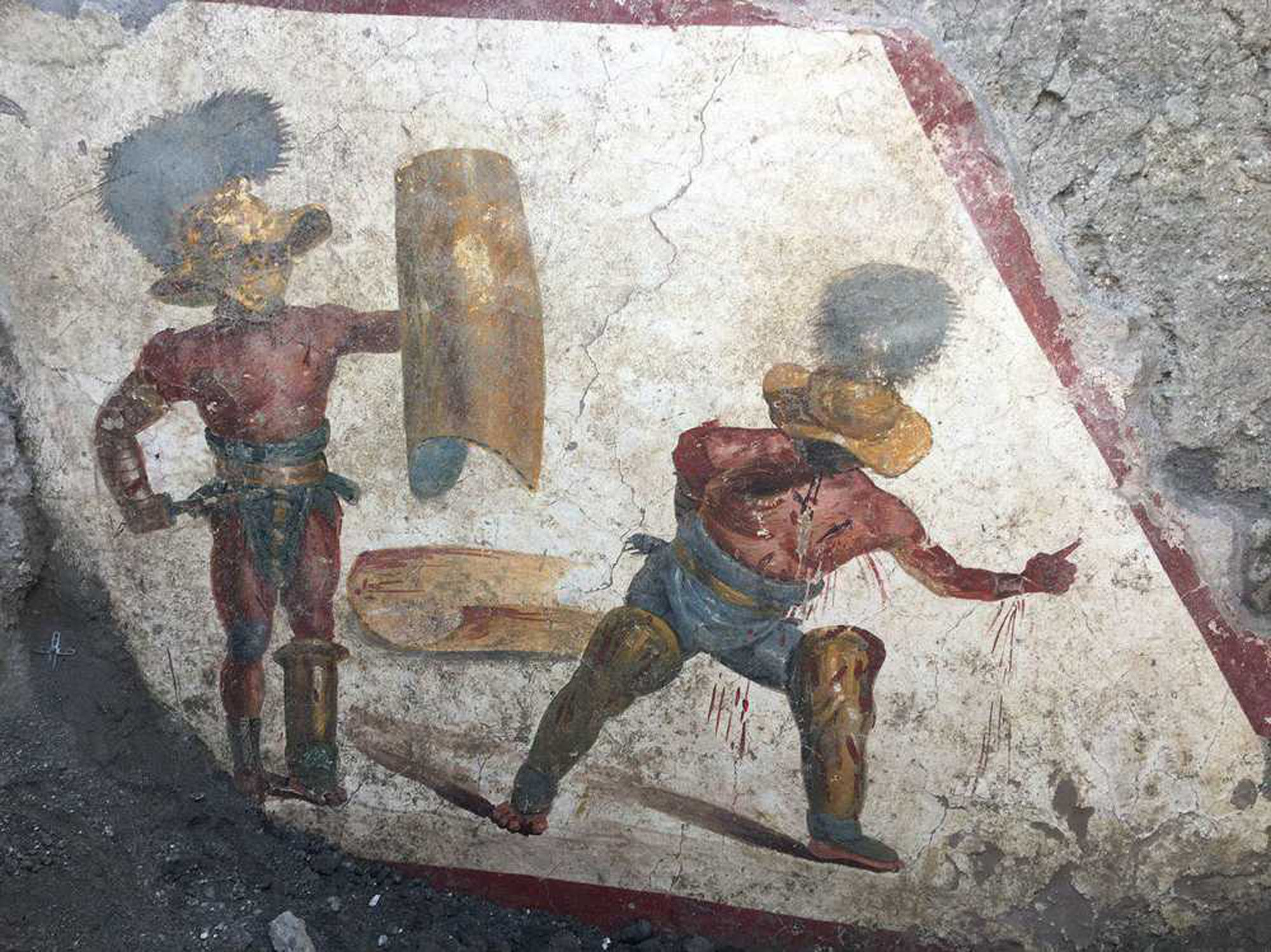 New fresco with gladiators discovered in Pompeii