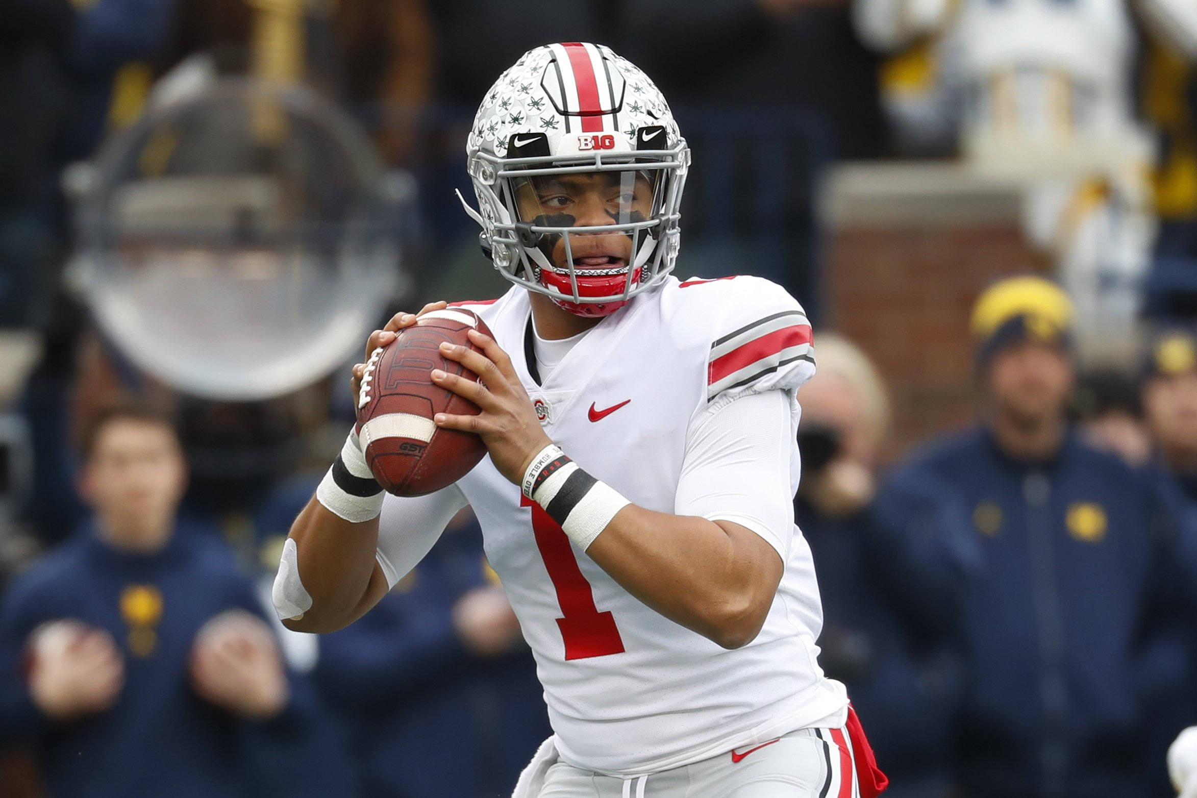 Buckeyes' Justin Fields is Big Ten offensive player of year