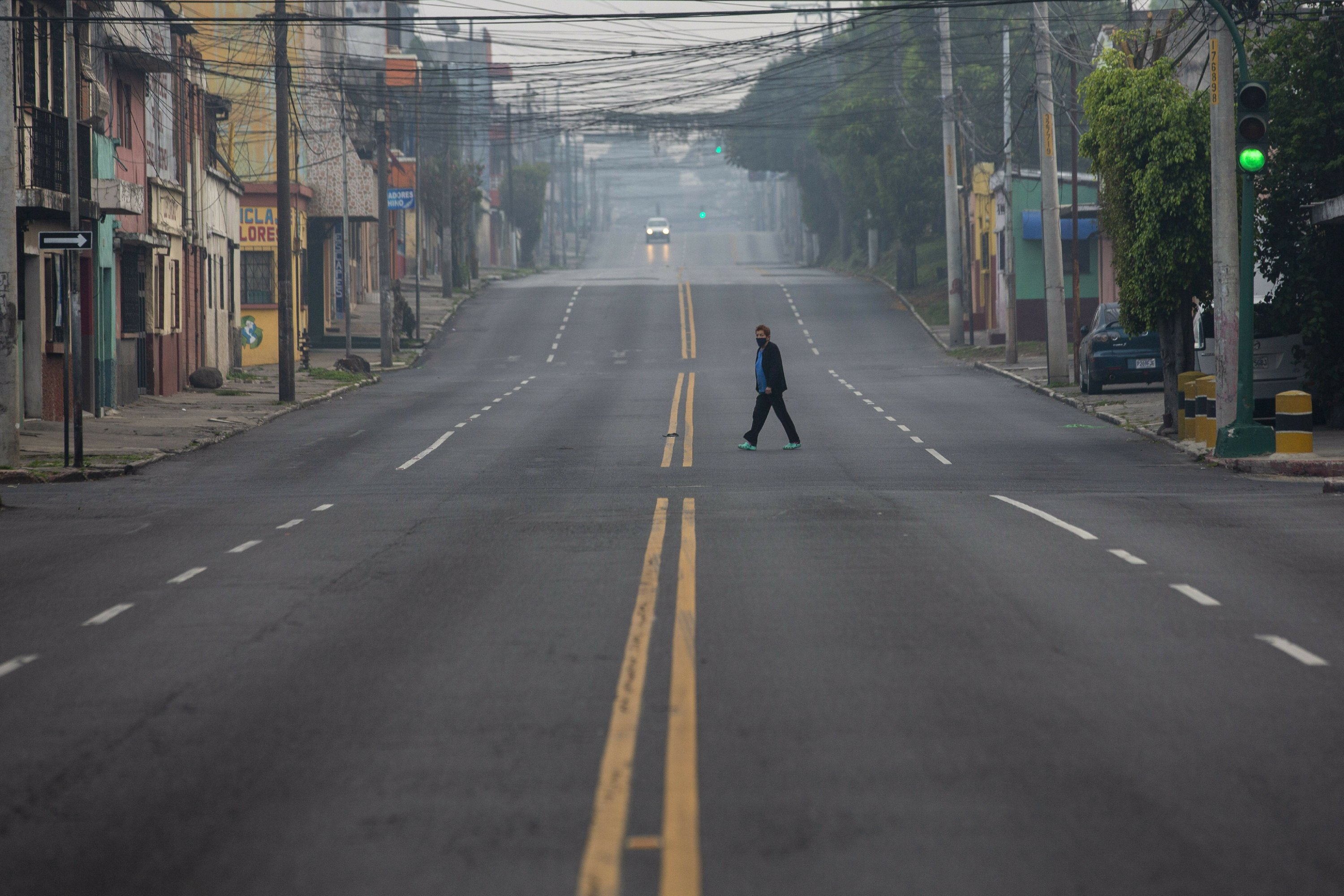 Guatemala president fumes over infected deportees from US
