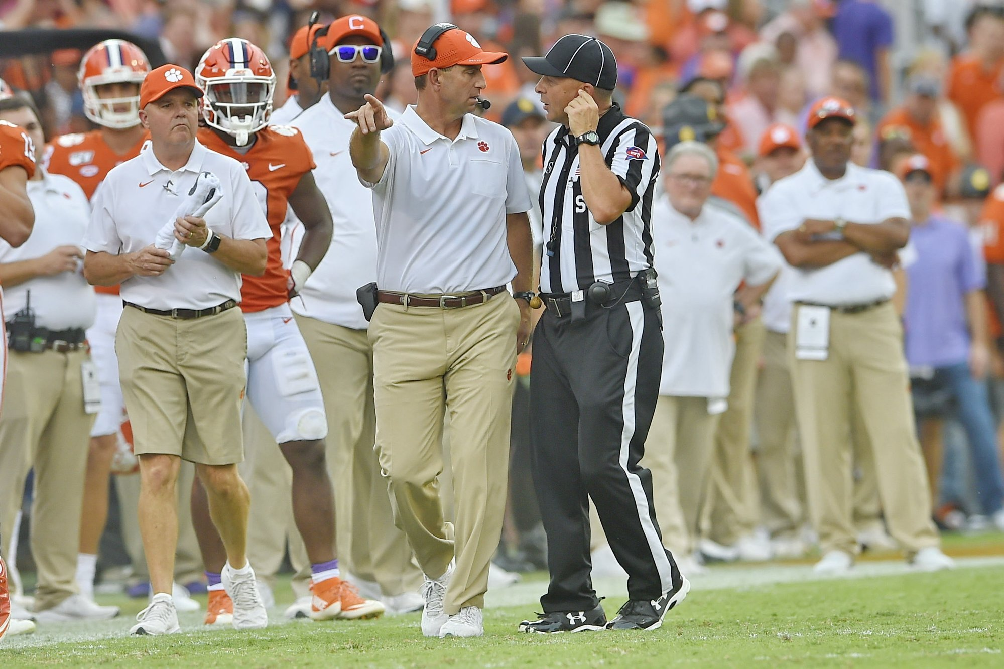 Clemson's Elliott says No. 3 Tigers back on right track