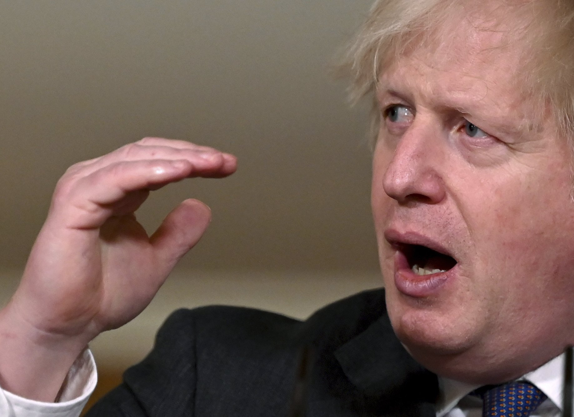 Britain's Boris Johnson presses Biden for new trade deal – The Associated Press