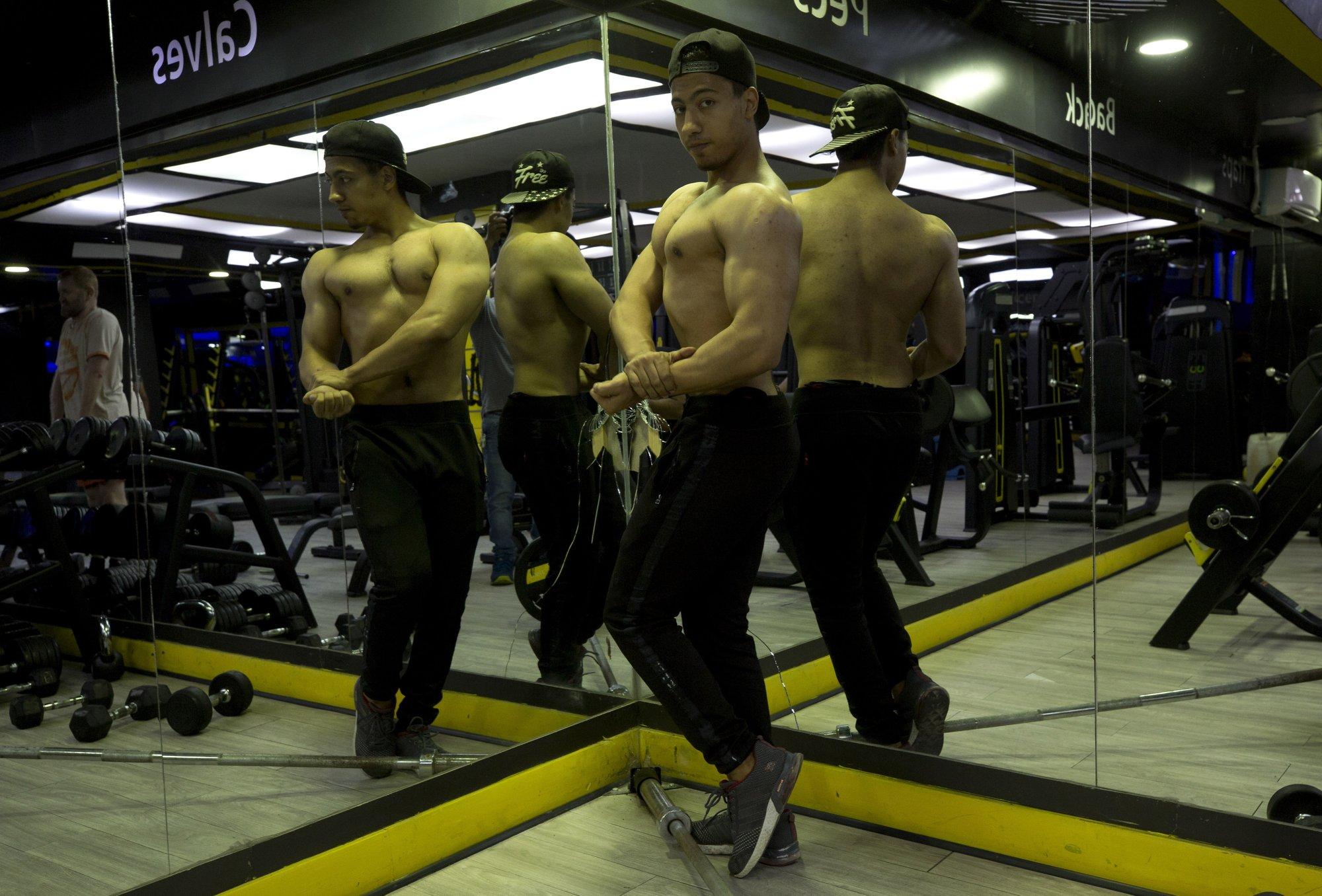 During Ramadan, late-night gyms boom in the Gaza Strip