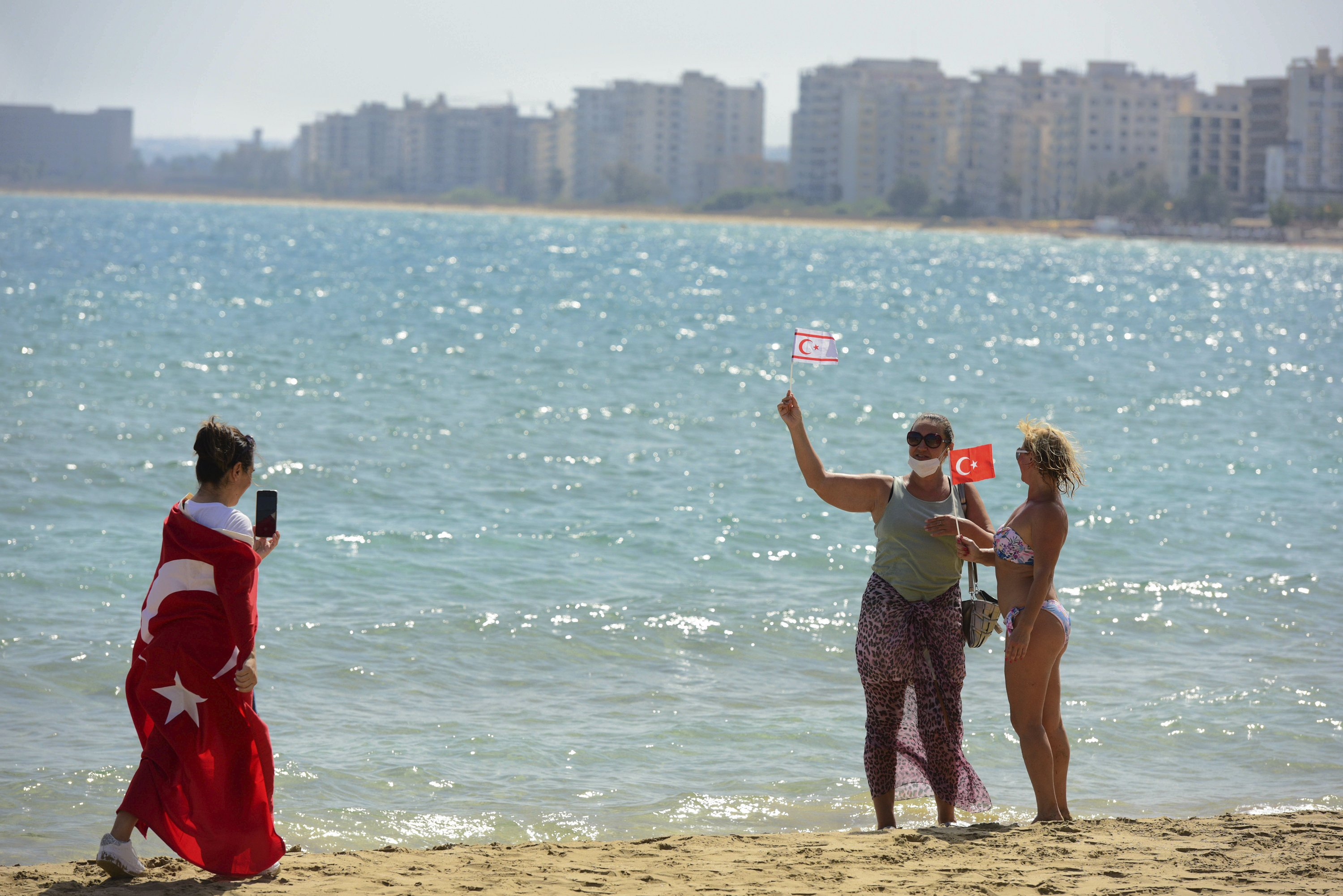 after-46-years-cypriot-ghost-towns-beach-opens-to-public